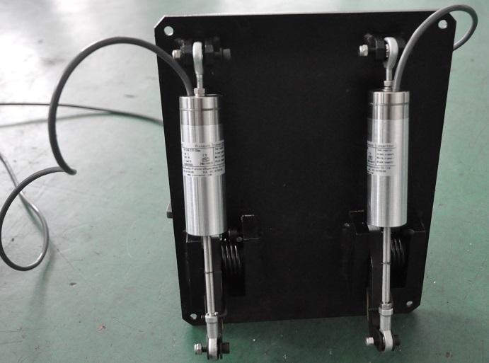 拉杆式位移传感器PT124G-272